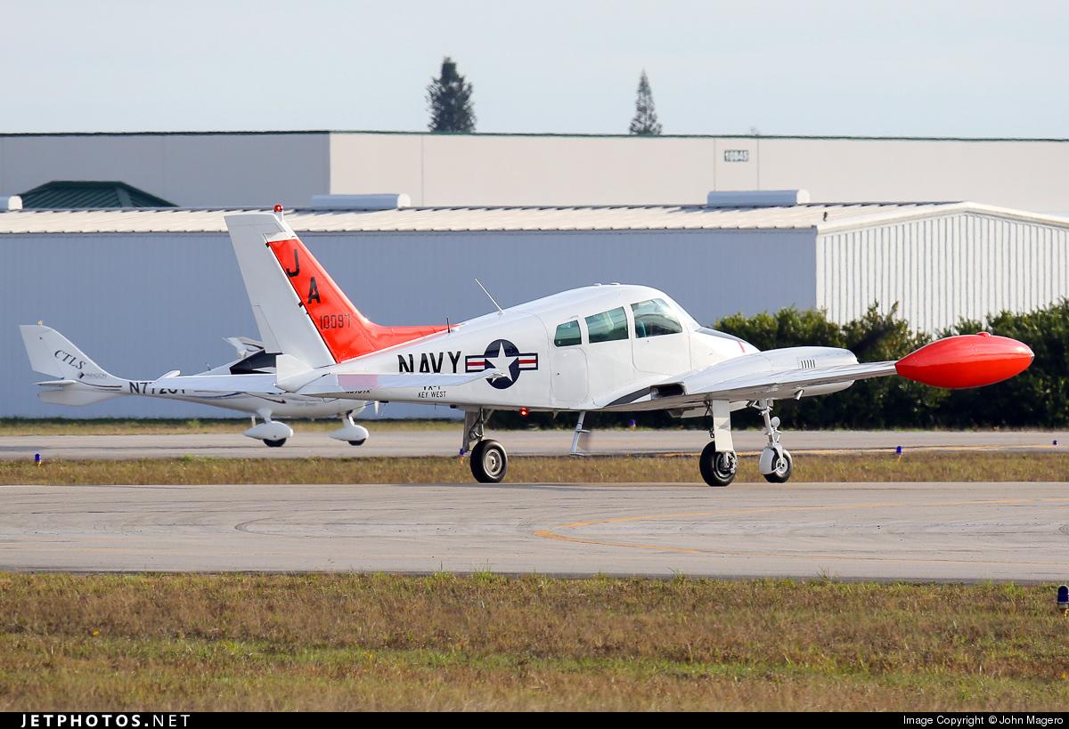 N6797X - Cessna 310F - Private