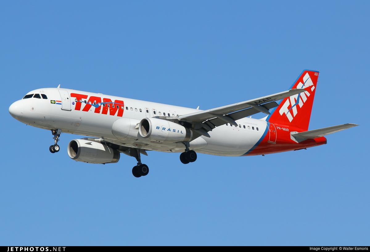 PR-MAR - Airbus A320-232 - TAM Linhas Aéreas
