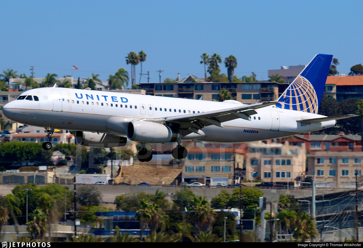 N460UA - Airbus A320-232 - United Airlines
