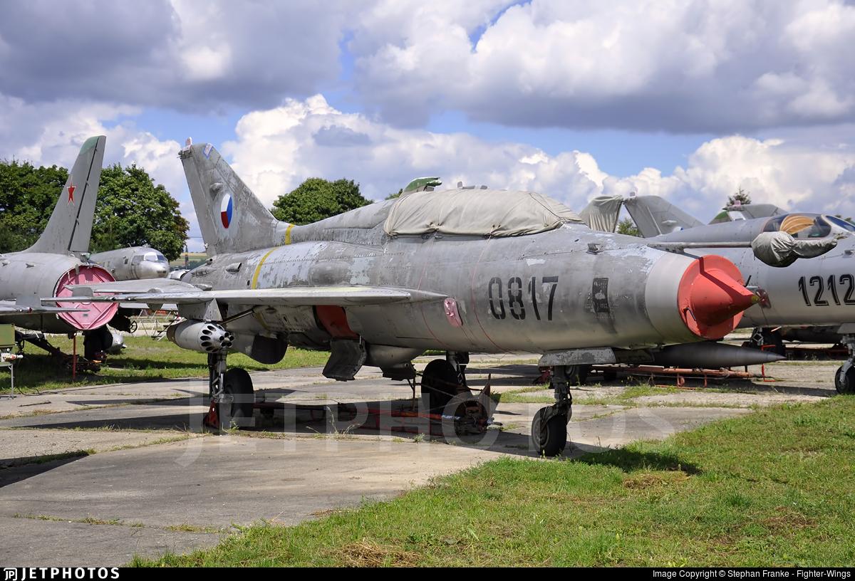 0817 - Mikoyan-Gurevich MiG-21U Mongol A - Czech Republic - Air Force