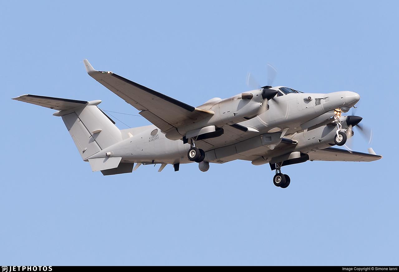 MM62300 - Beechcraft 350ER Avenger T.1 - Italy - Air Force
