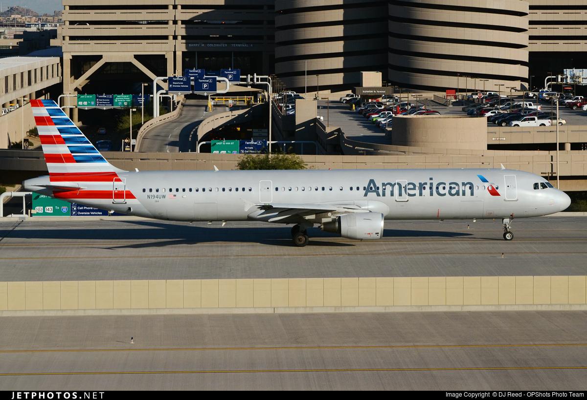 N194UW - Airbus A321-211 - American Airlines