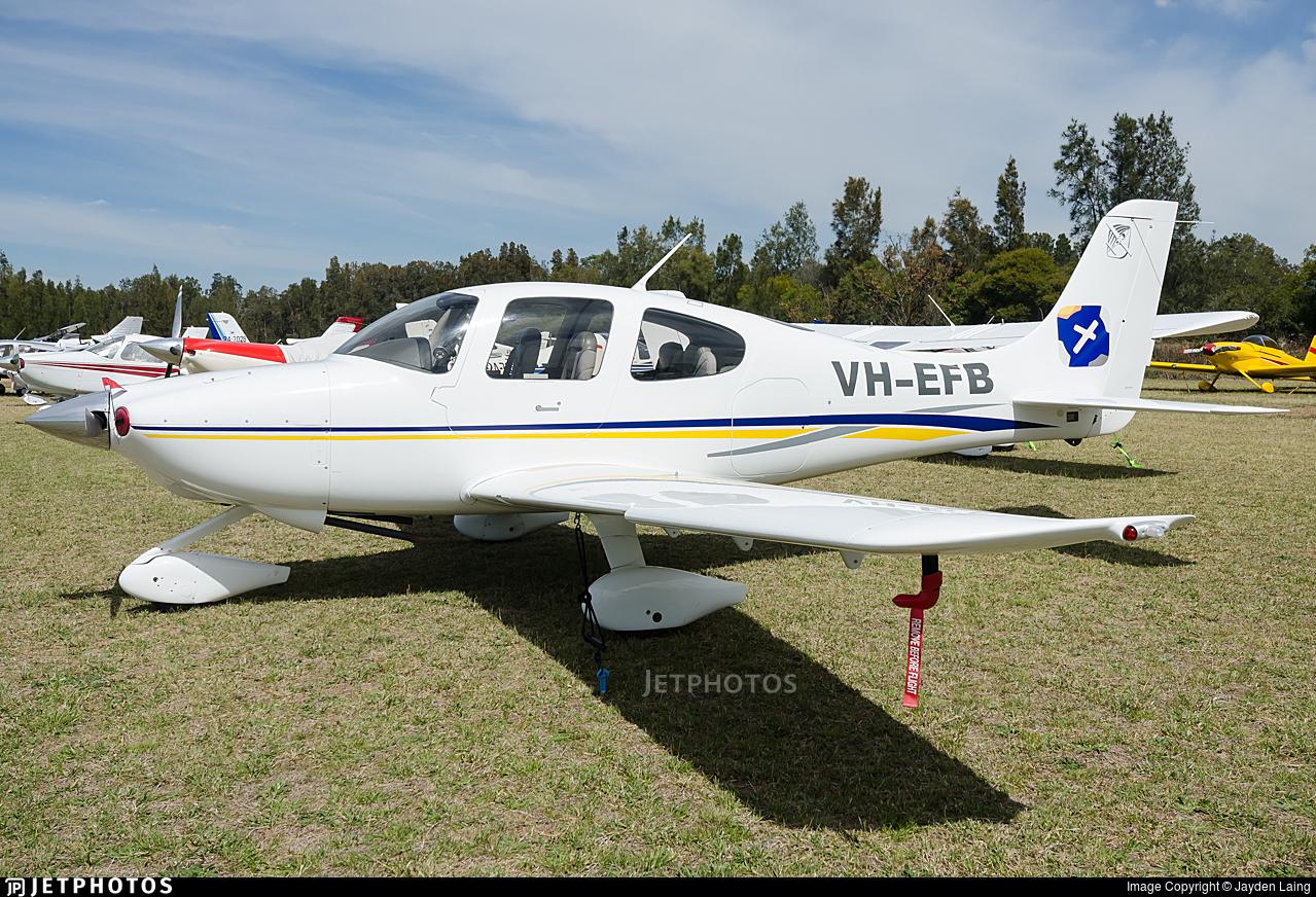 VH-EFB - Cirrus SR20 - Private