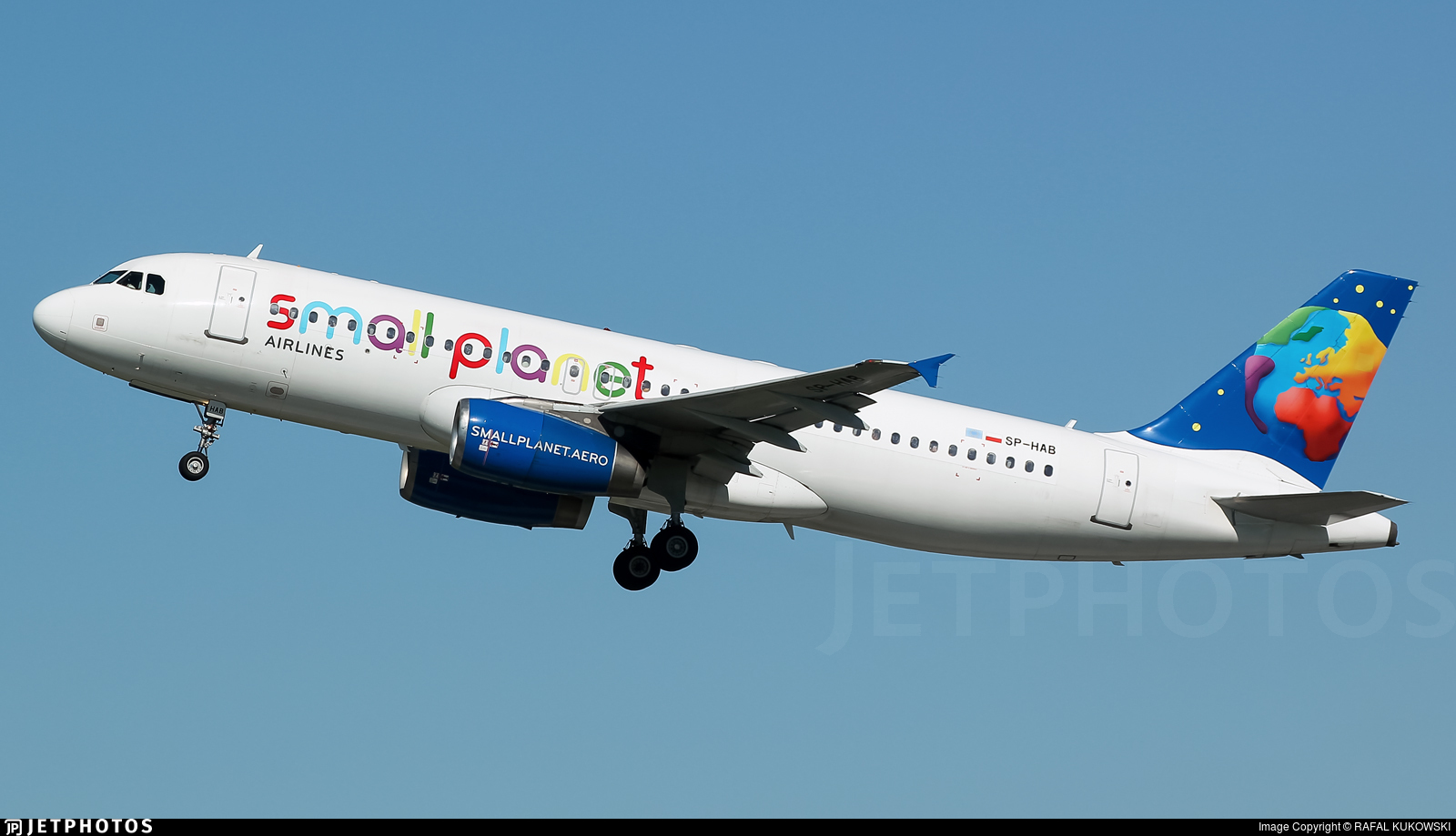 SP-HAB - Airbus A320-232 - Small Planet Airlines Polska