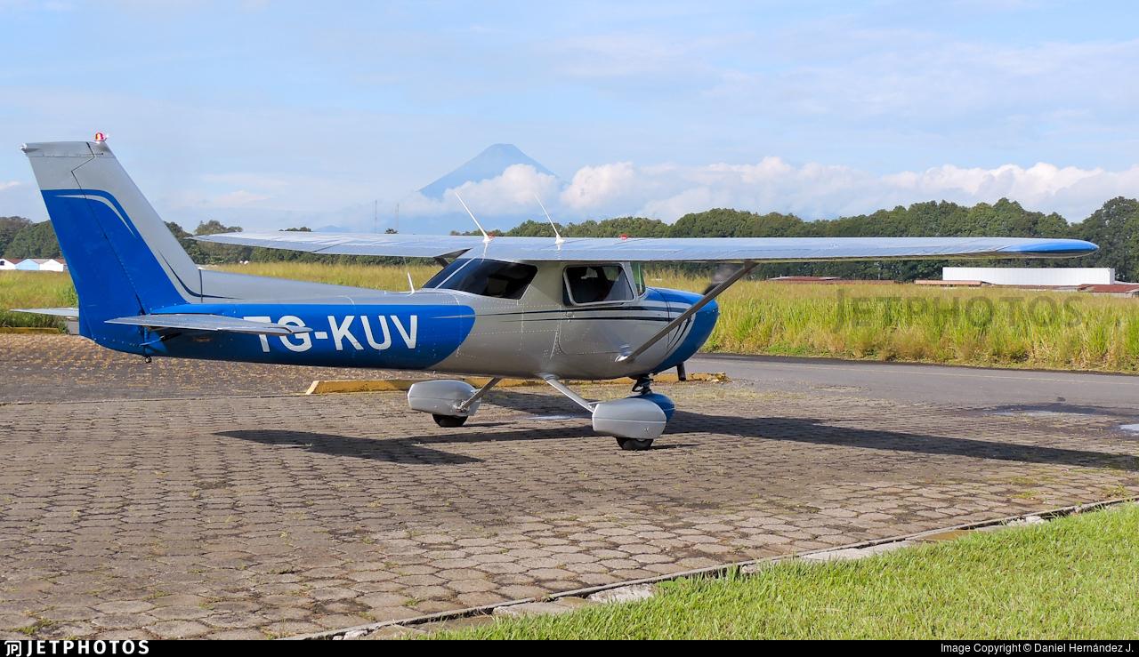 TG-KUV - Cessna 150L - Private