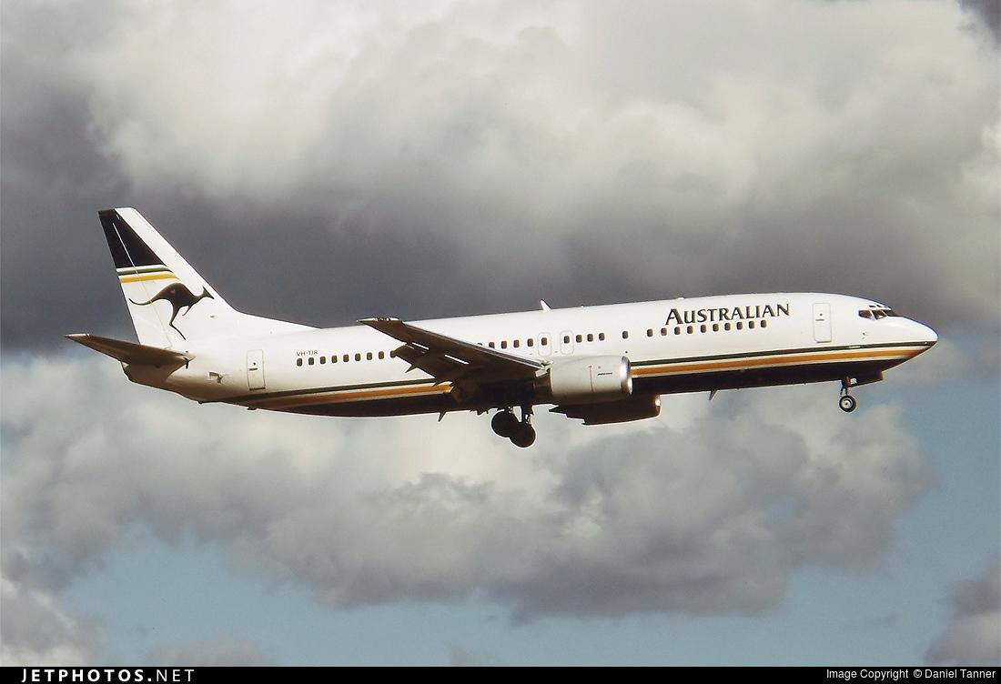VH-TJR - Boeing 737-476 - Australian Airlines