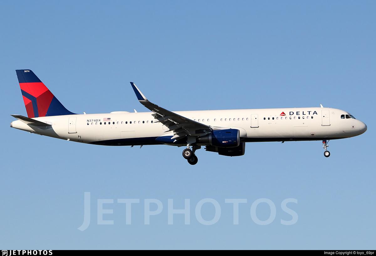 N374DX - Airbus A321-211 - Delta Air Lines
