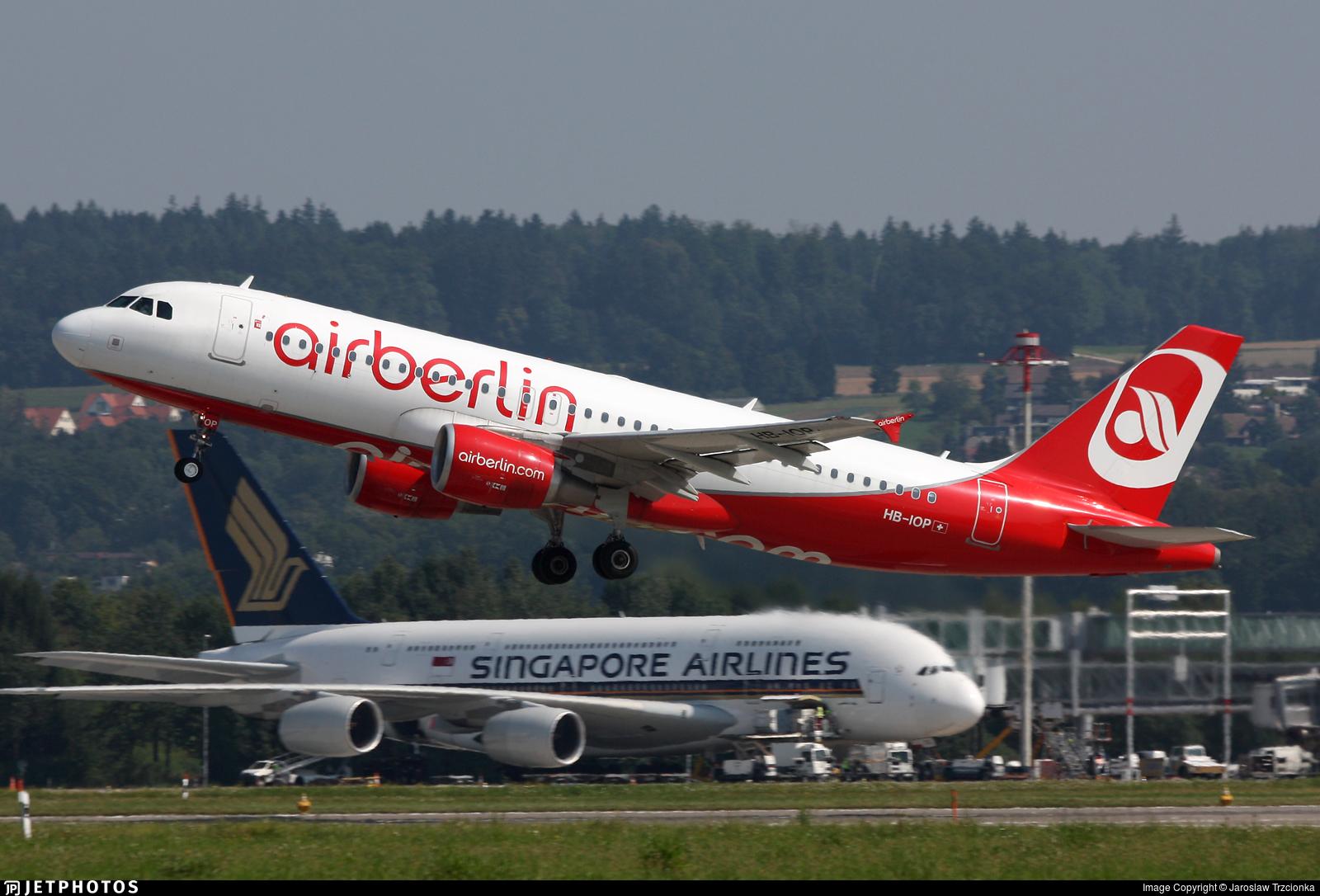 HB-IOP - Airbus A320-214 - Air Berlin (Belair Airlines)