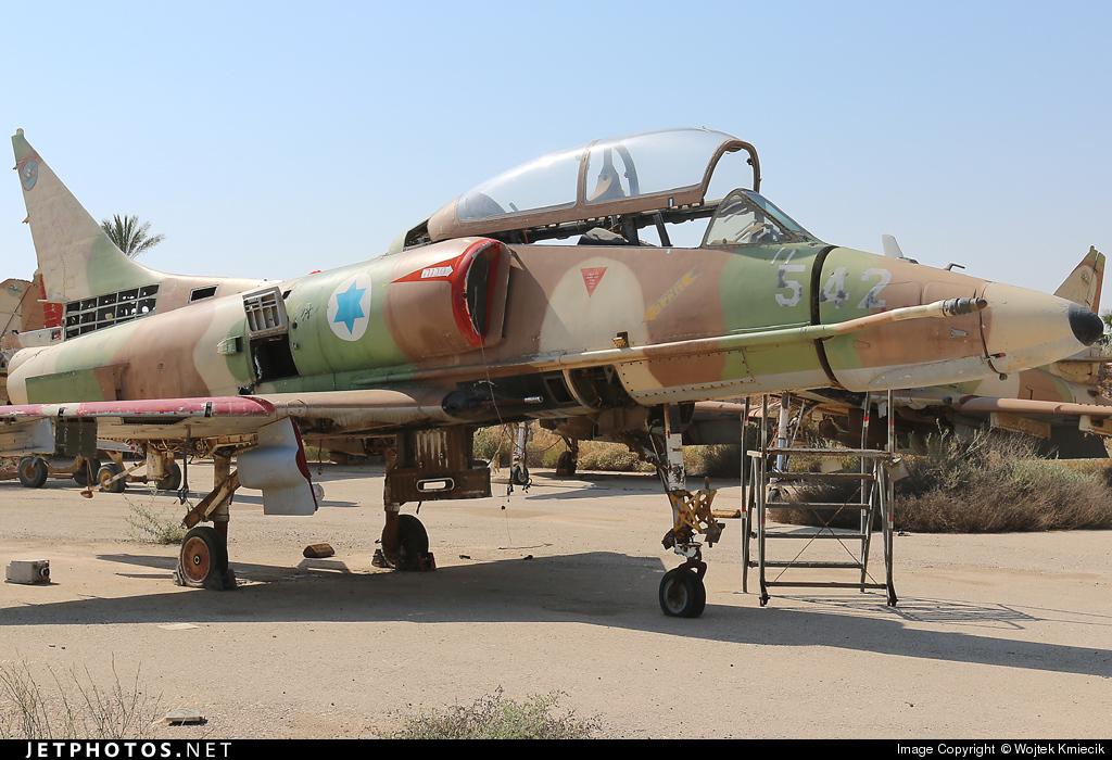 542 - McDonnell Douglas TA-4H AhitM  - Israel - Air Force