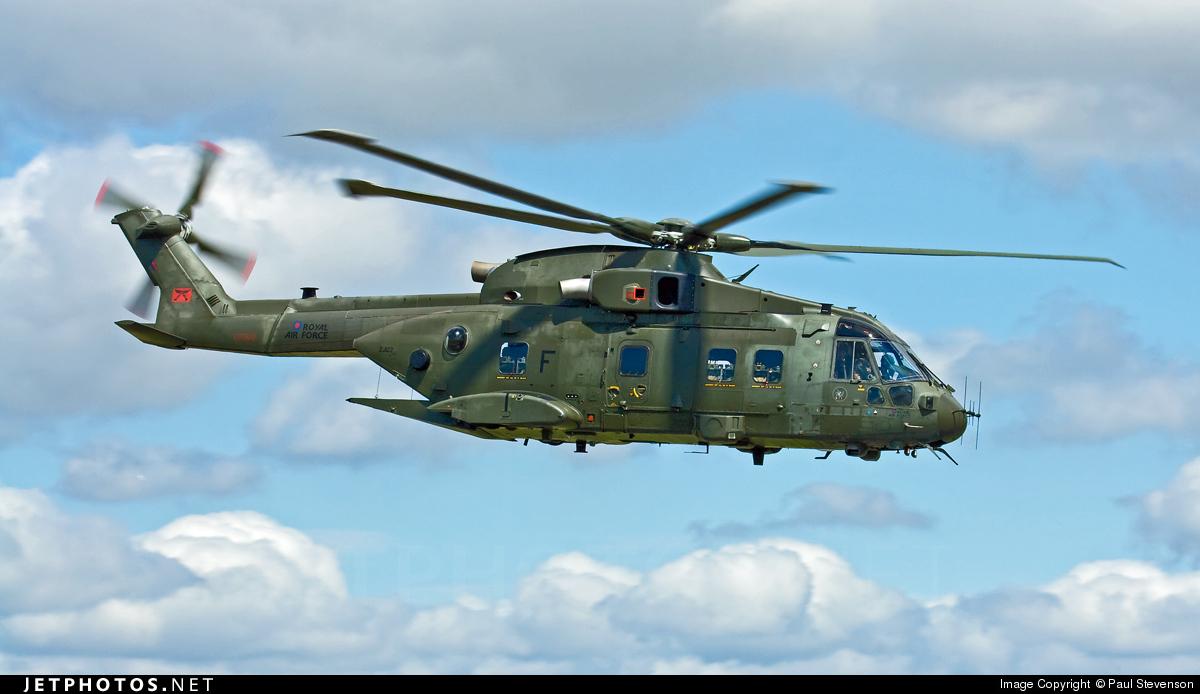 ZJ122 - Agusta-Westland Merlin HC.3 - United Kingdom - Royal Air Force (RAF)