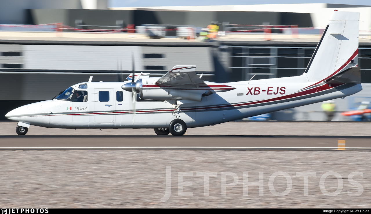 XB-EJS - Rockwell 690B Turbo Commander - Private