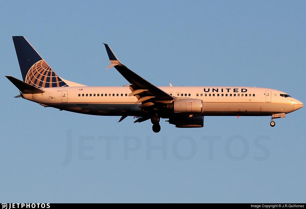 N14231 - Boeing 737-824 - United Airlines