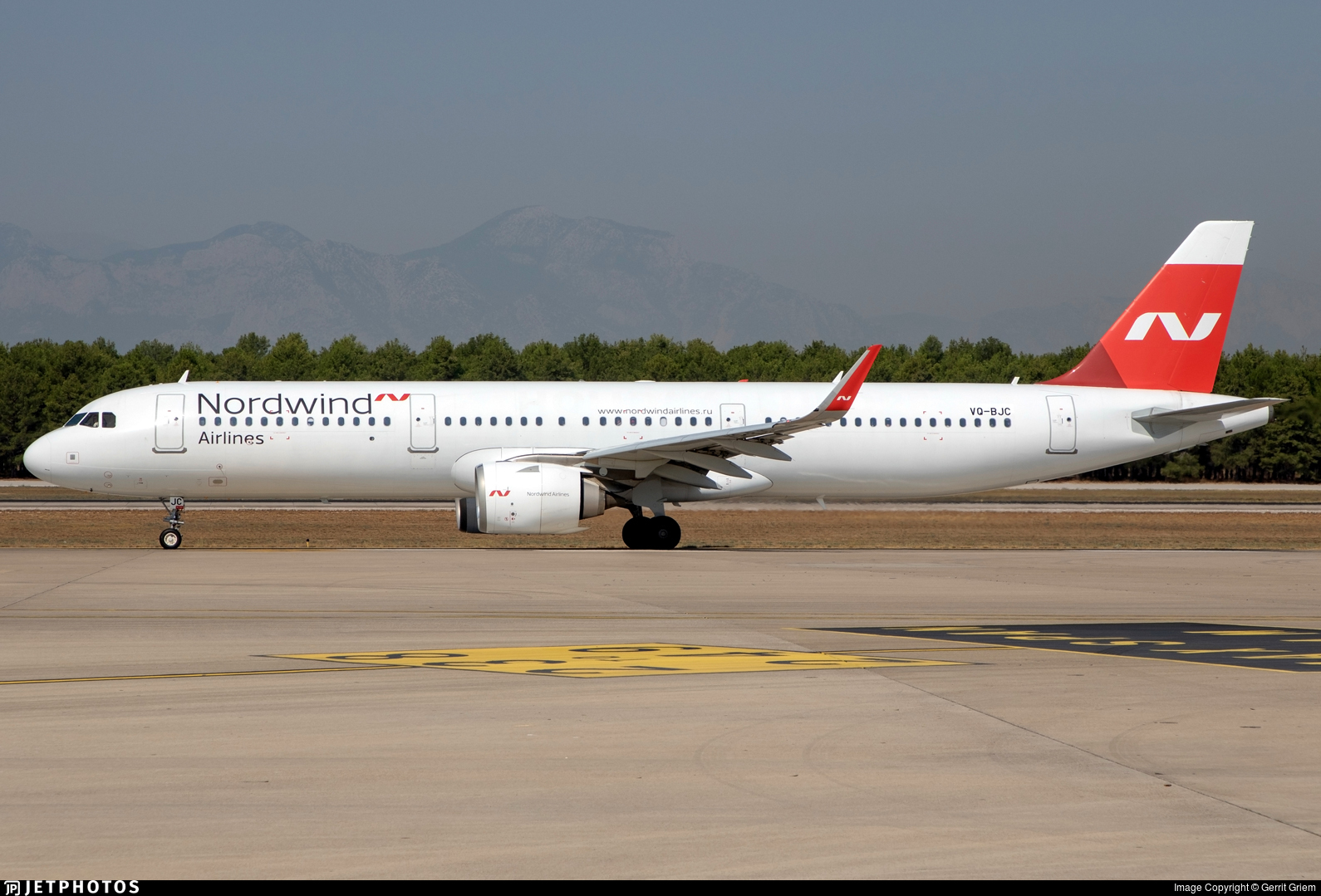 VQ-BJC - Airbus A321-253N - Nordwind Airlines