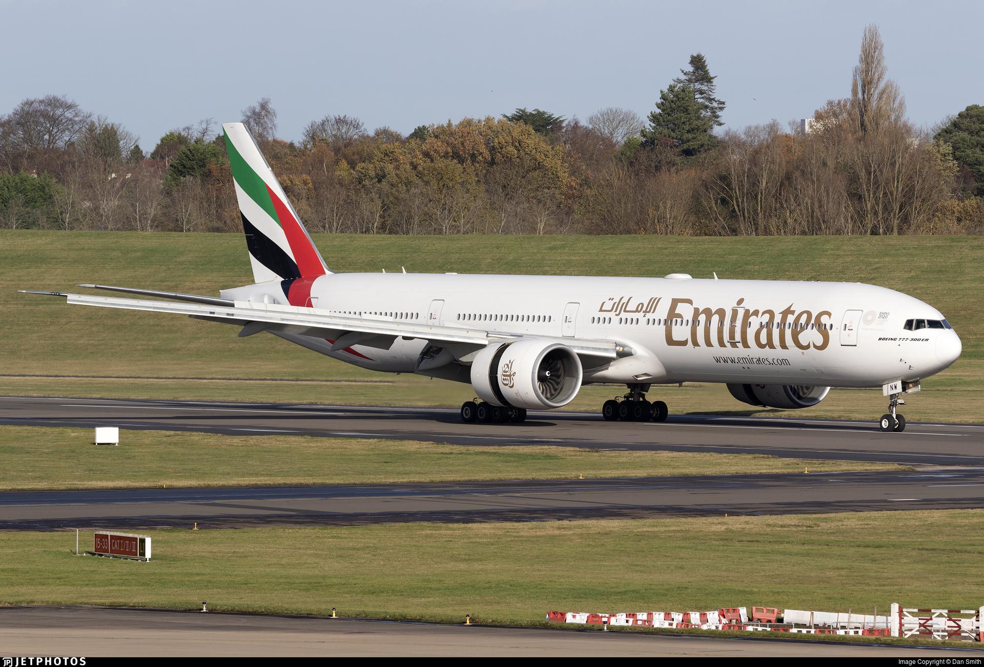 A6-ENW - Boeing 777-31HER - Emirates