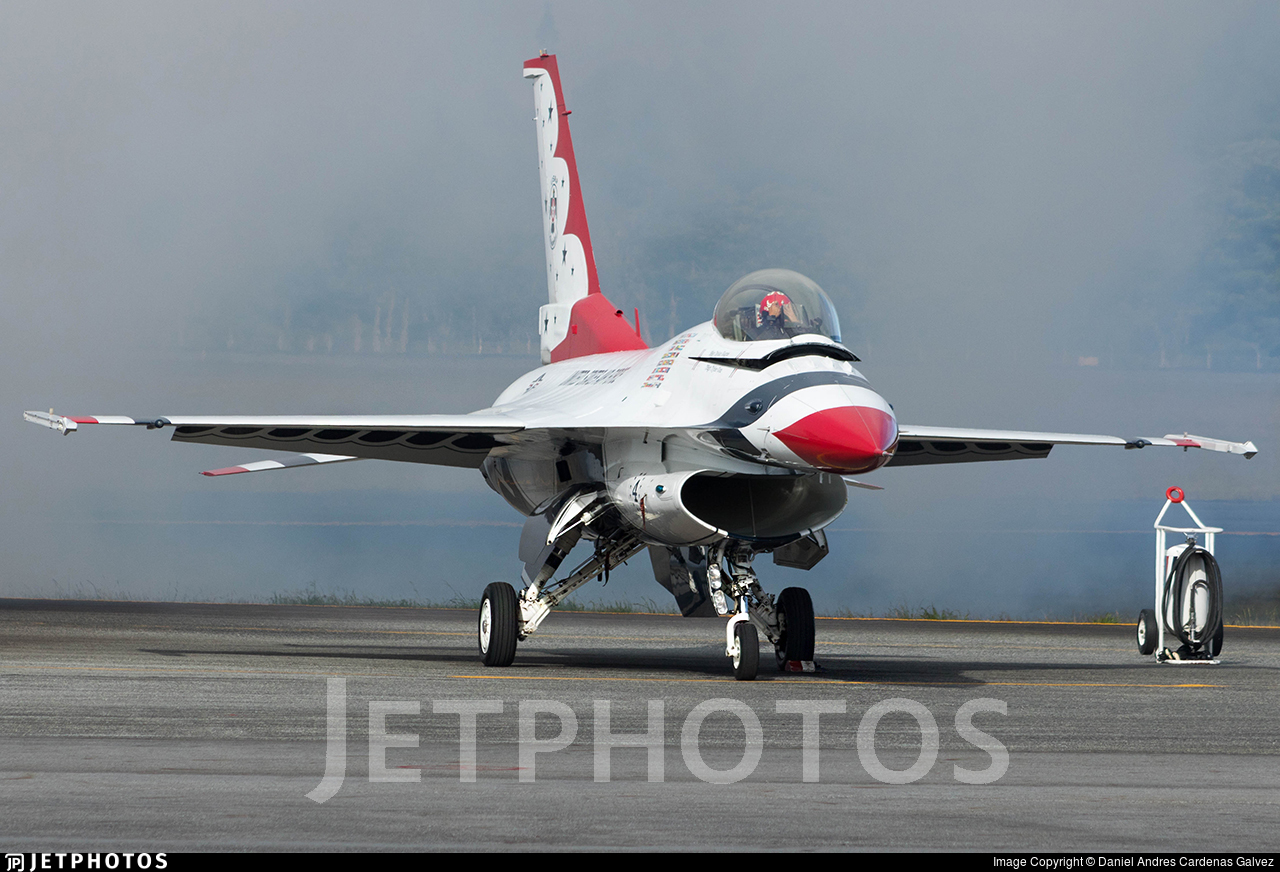 91-0392 - General Dynamics F-16CM Fighting Falcon - United States - US Air Force (USAF)