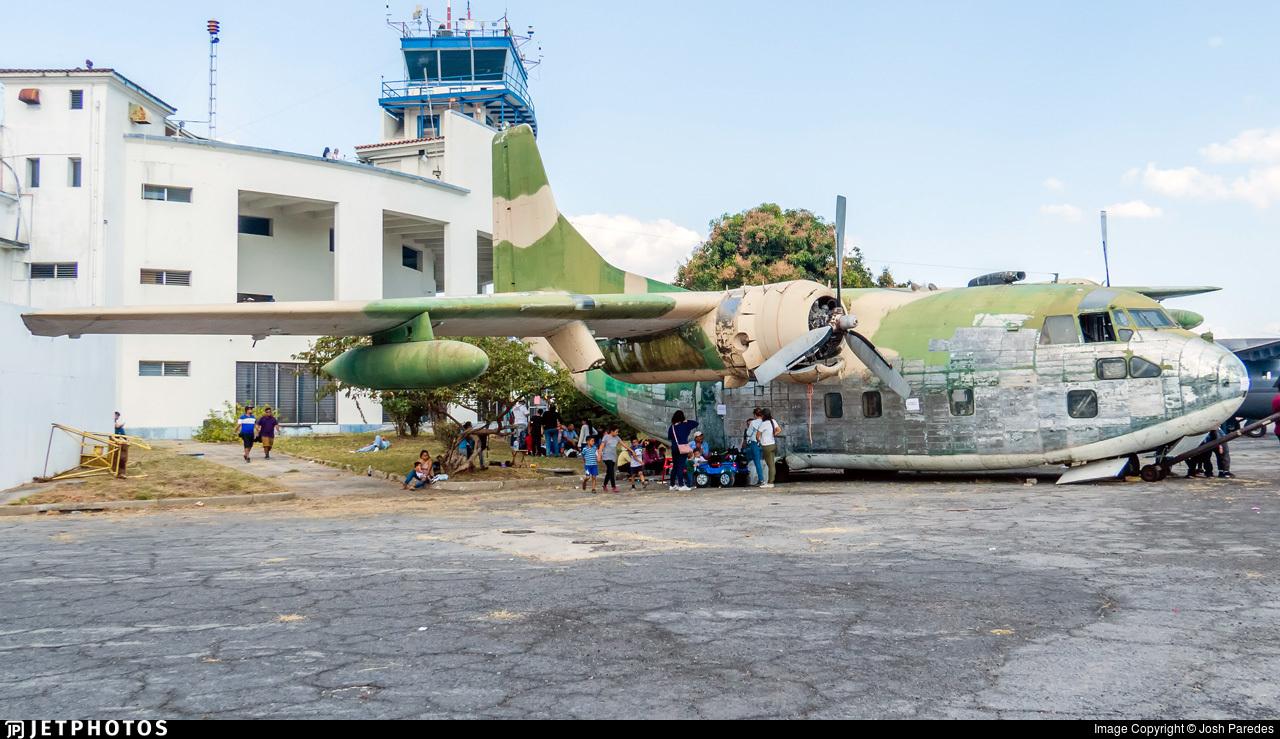 122 - Fairchild C-123K Provider - El Salvador - Air Force