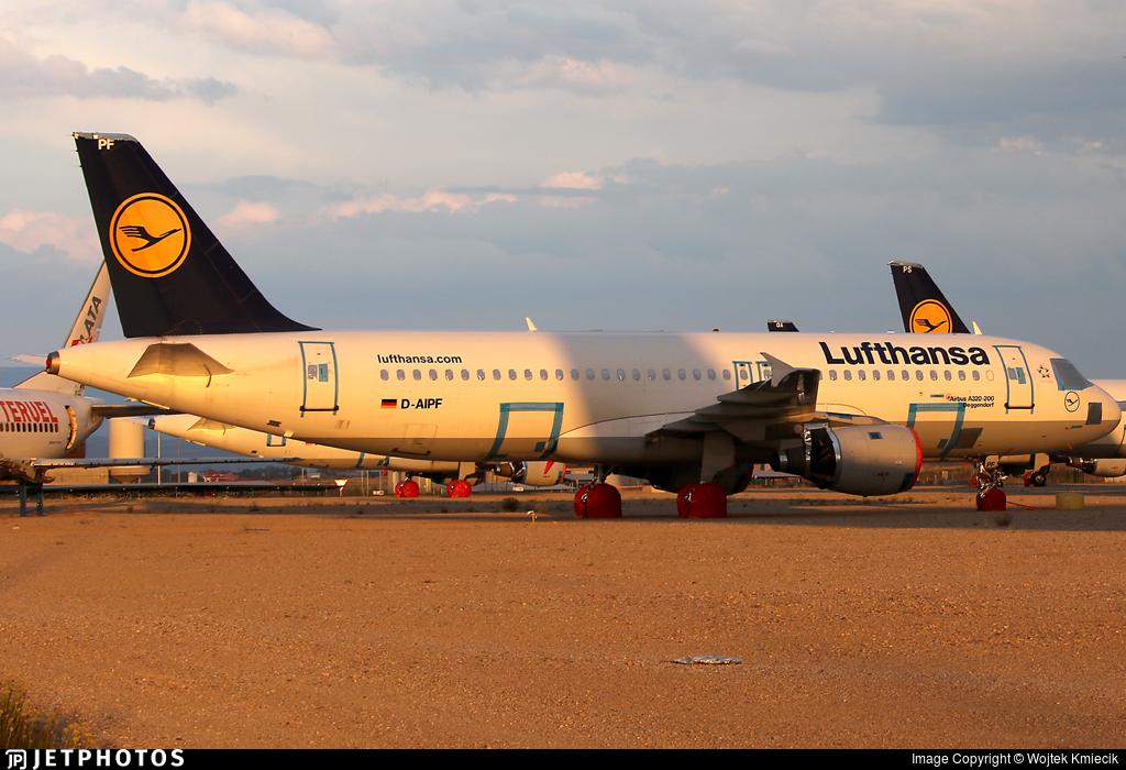 D-AIPF - Airbus A320-211 - Lufthansa