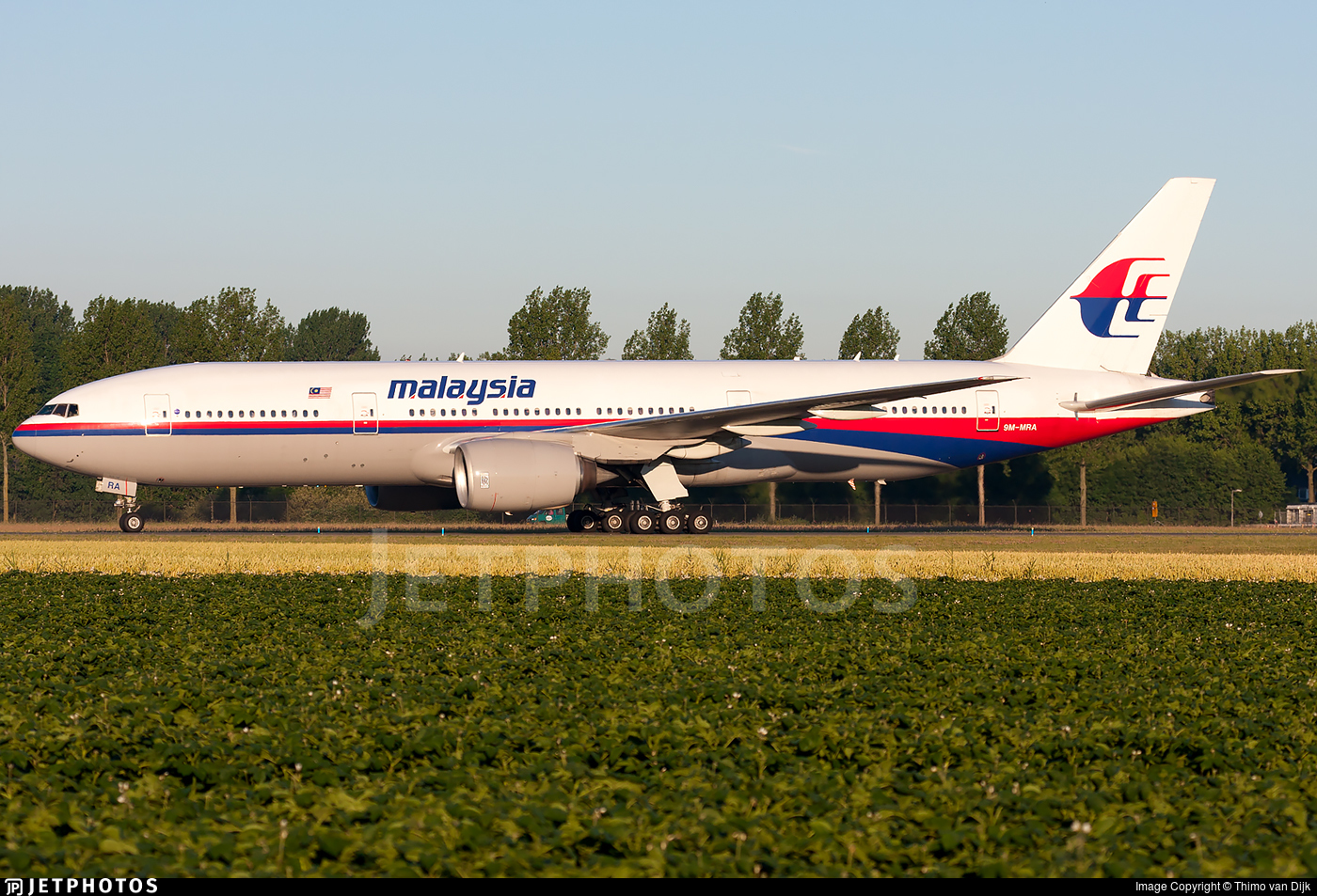 9M-MRA - Boeing 777-2H6(ER) - Malaysia Airlines