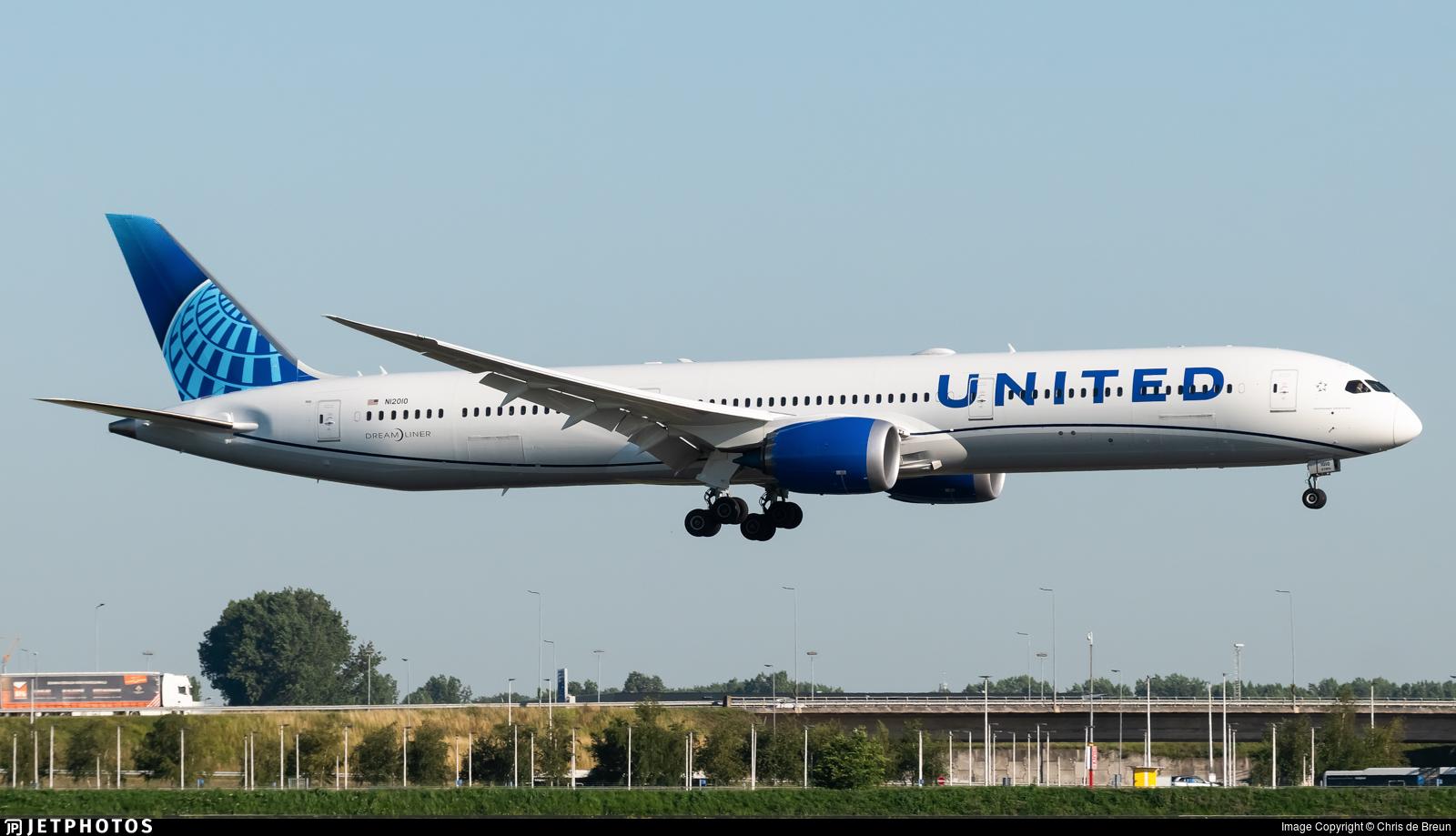 N12010 - Boeing 787-10 Dreamliner - United Airlines