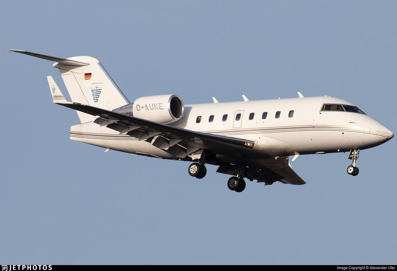 D-AUKE - Bombardier CL-600-2B16 Challenger 604 - Jetcall