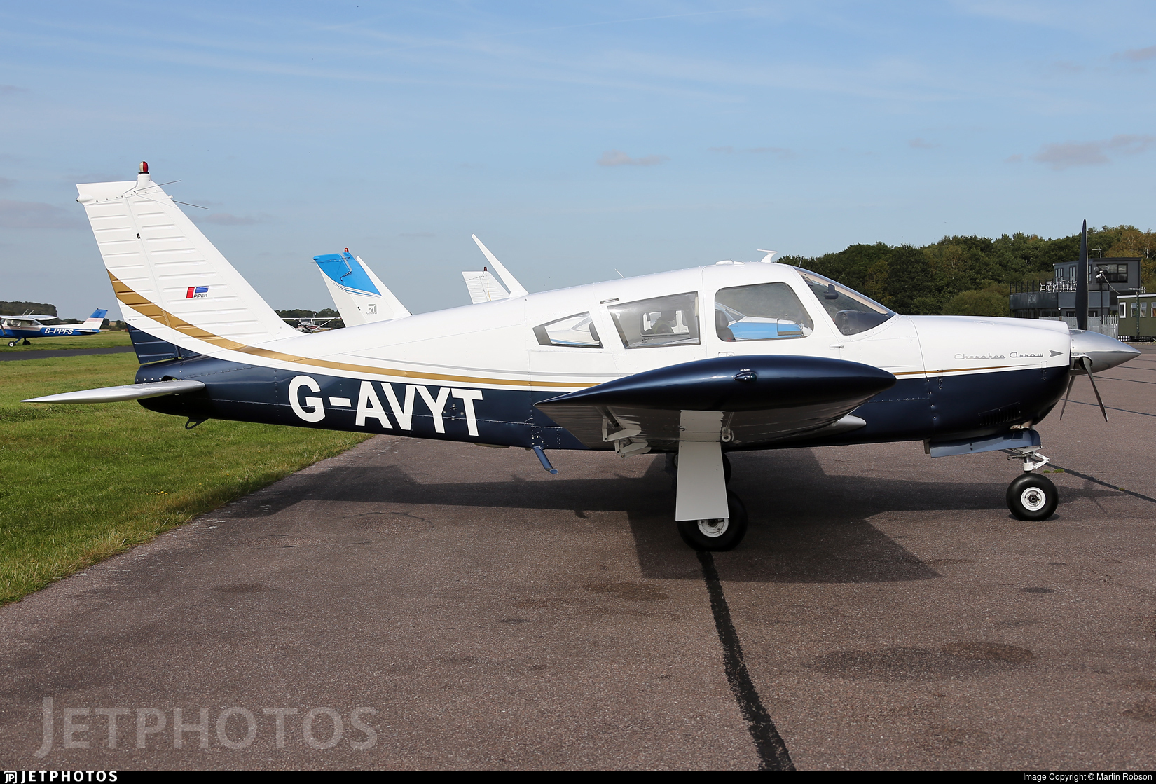 G-AVYT - Piper PA-28R-180 Cherokee Arrow - Private