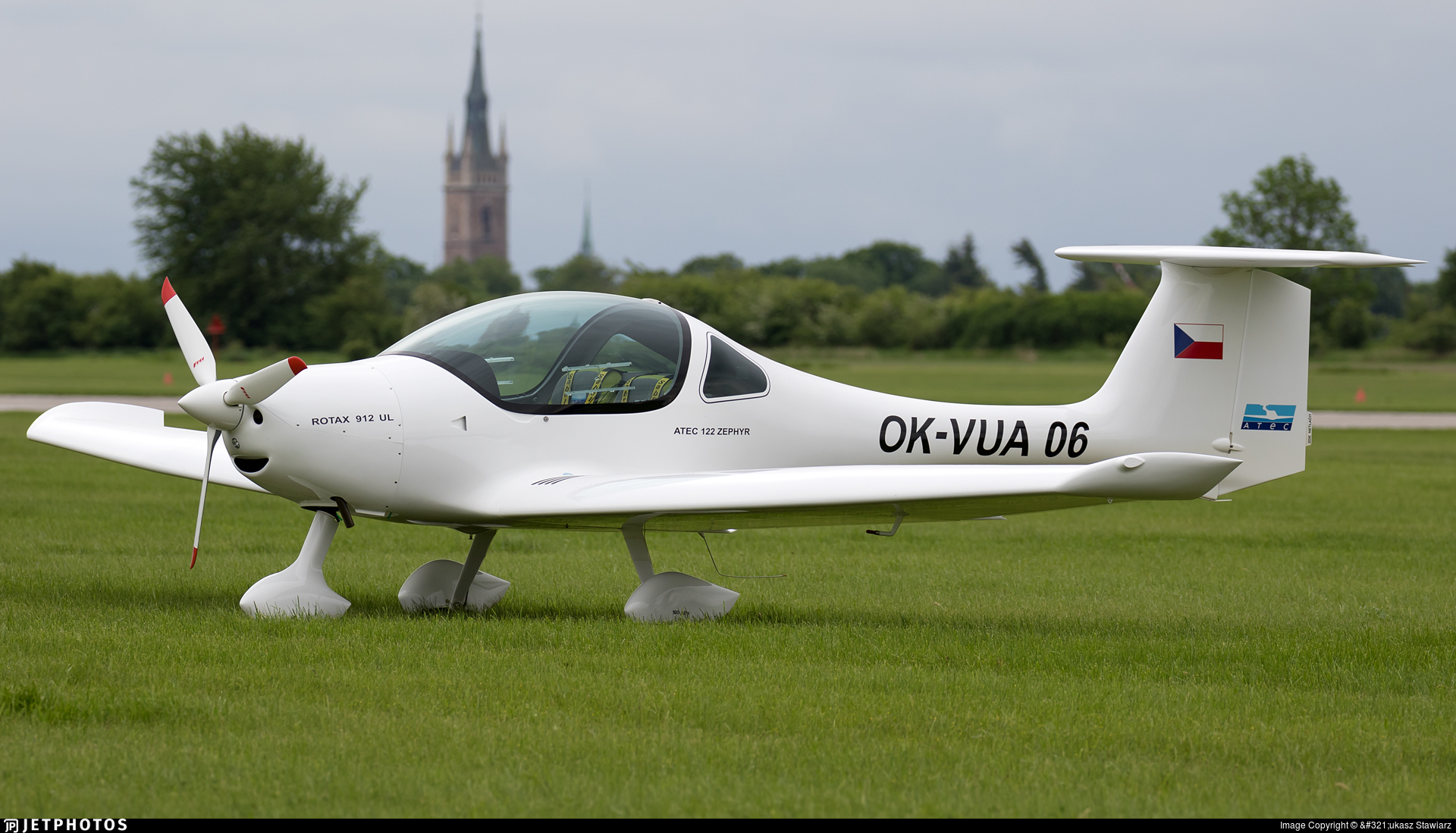 OK-VUA06 - Atec 122 Zephyr - Private