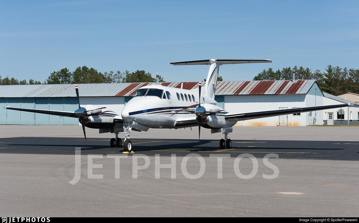N767WF - Beechcraft 200 Super King Air - Private