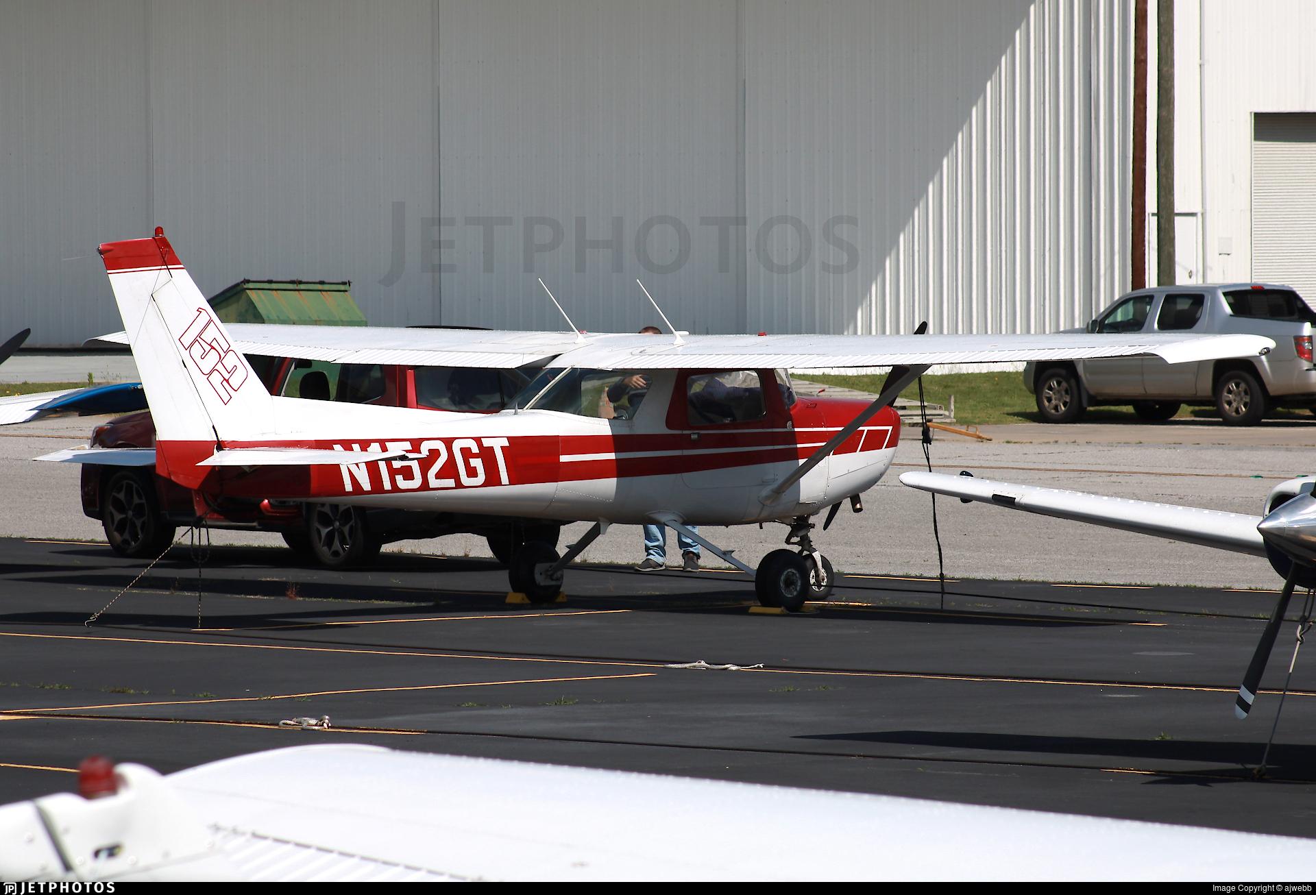N152GT - Cessna 152 - Private