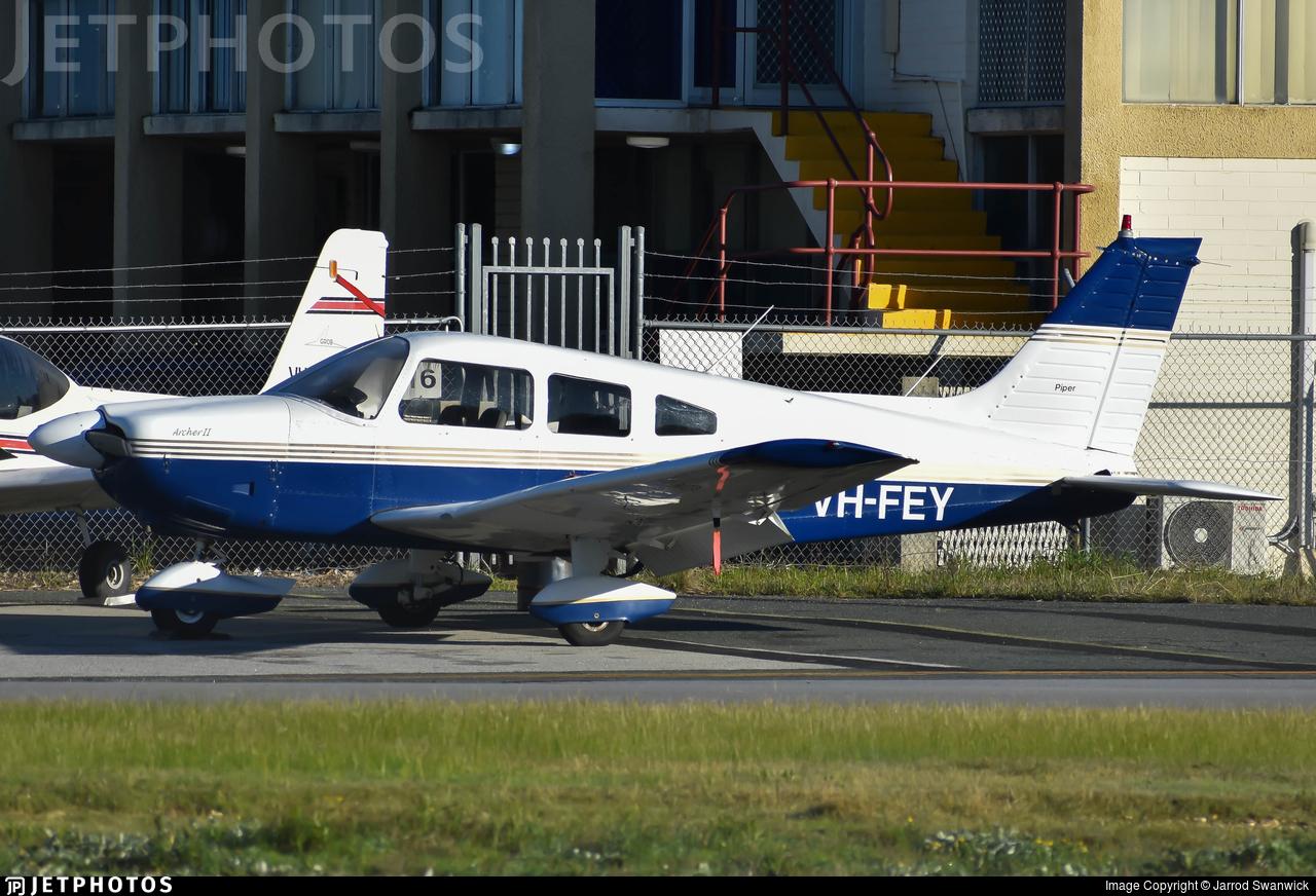 VH-FEY - Piper PA-28-181 Cherokee Archer II - Private