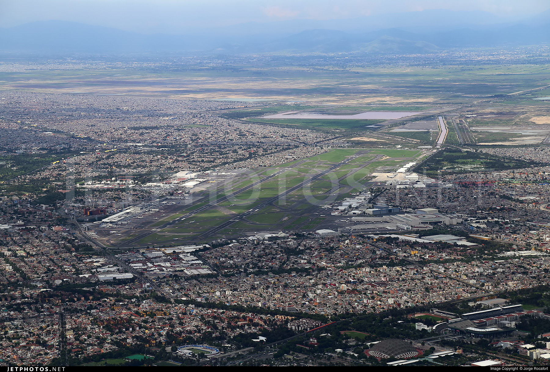 MMMX - Airport - Airport Overview