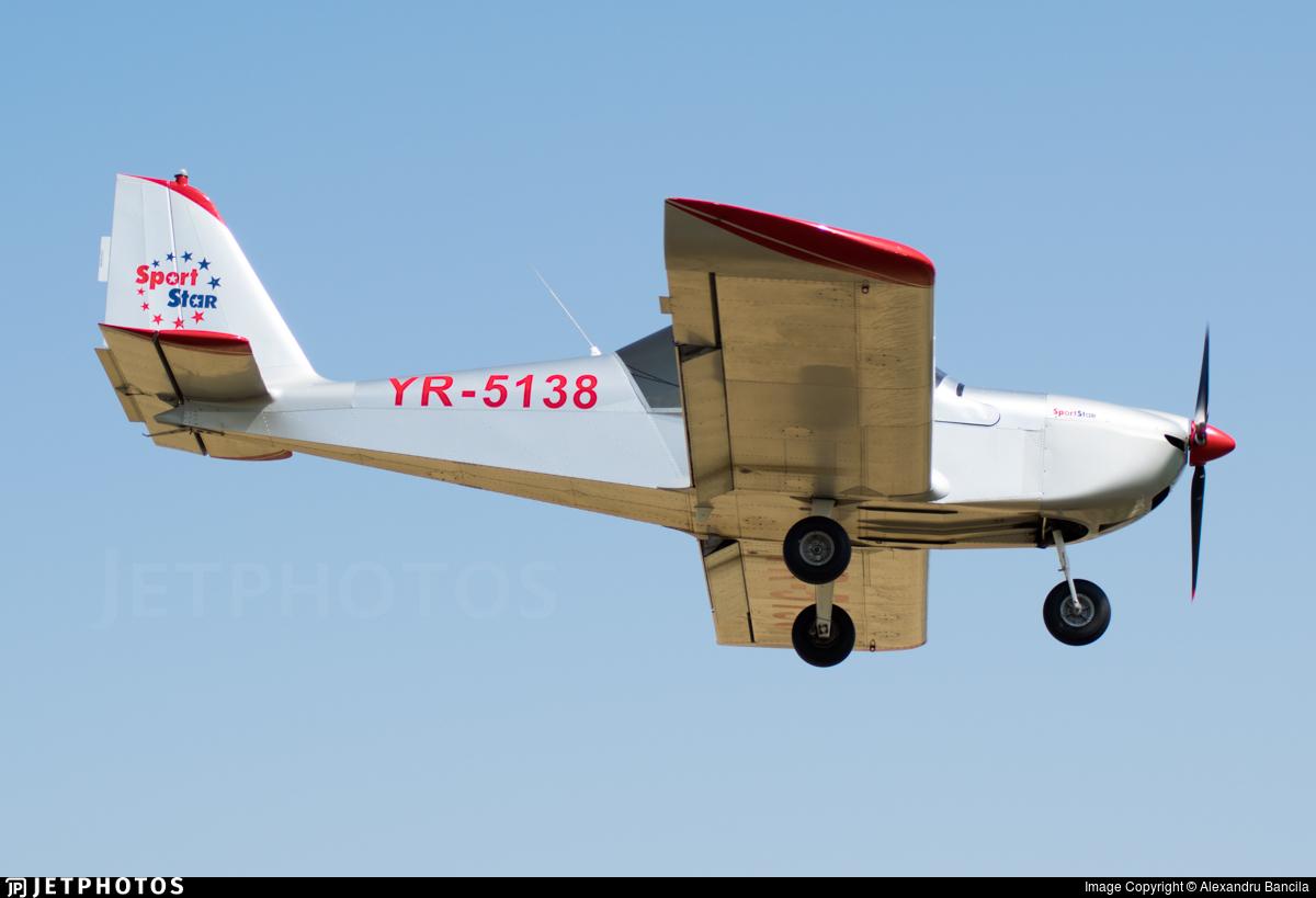 YR-5138 - Evektor SportStar - Private