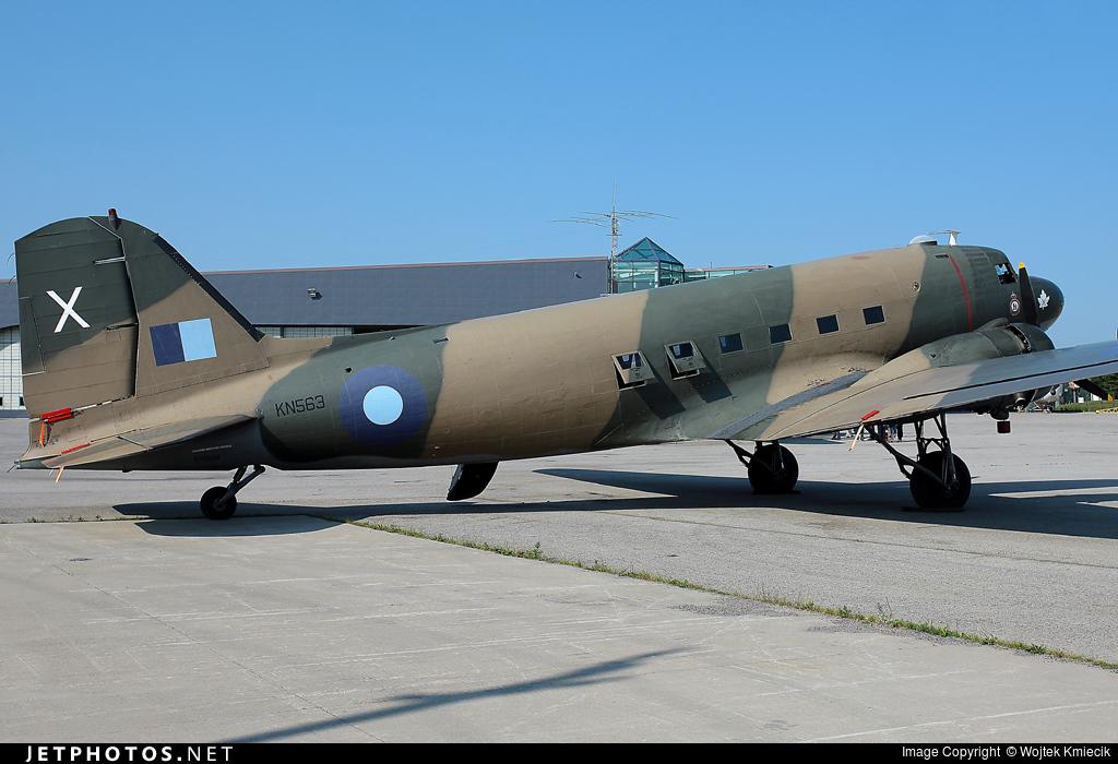 C-GDAK - Douglas C-47B Skytrain - Canadian Warplane Heritage Museum