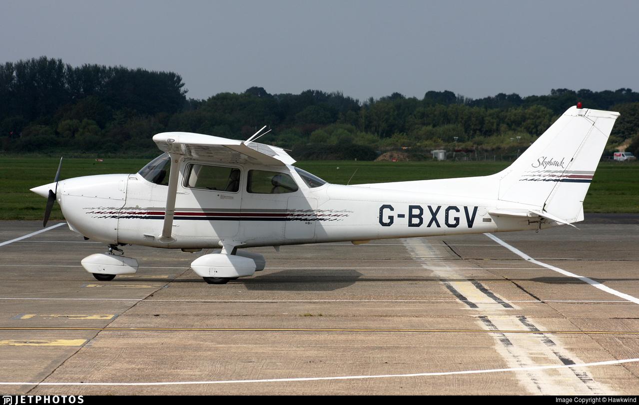 G-BXGV - Cessna 172R Skyhawk II - Private