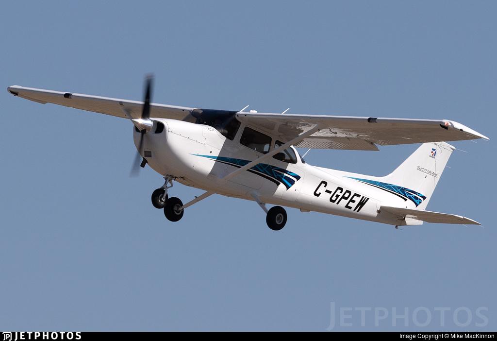 C-GPEW - Cessna 172S Skyhawk SP - Mount Royal University