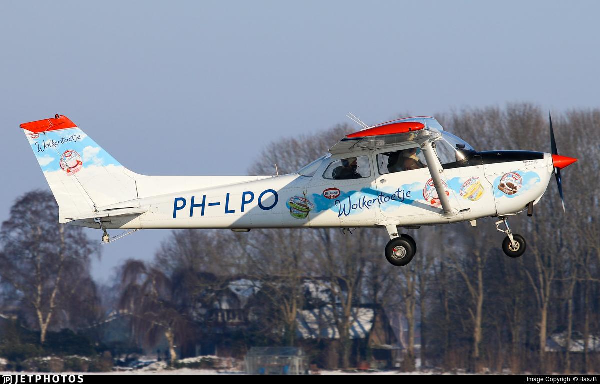 PH-LPO - Reims-Cessna F172M Skyhawk - Sky Service Netherlands