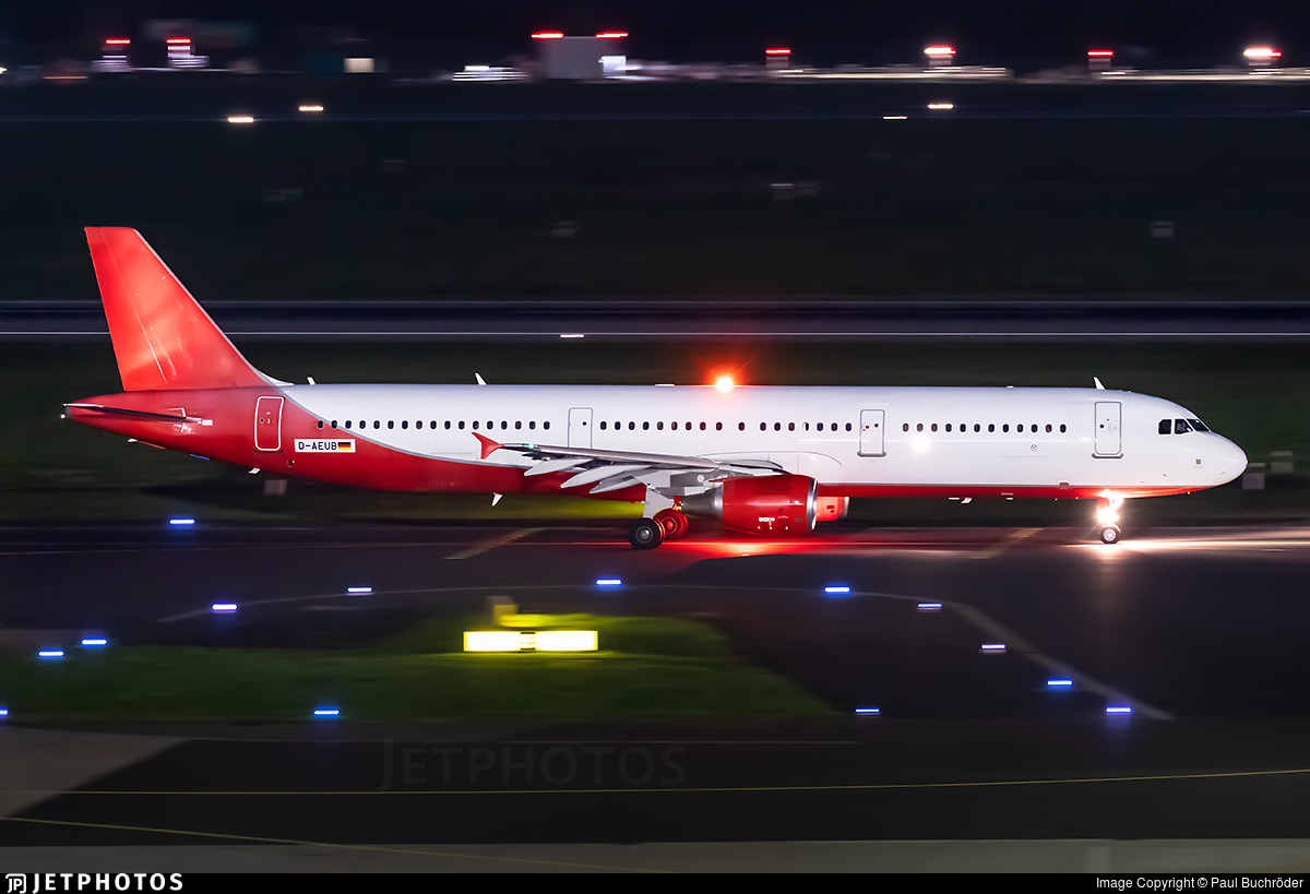 D-AEUB - Airbus A321-211 - Eurowings