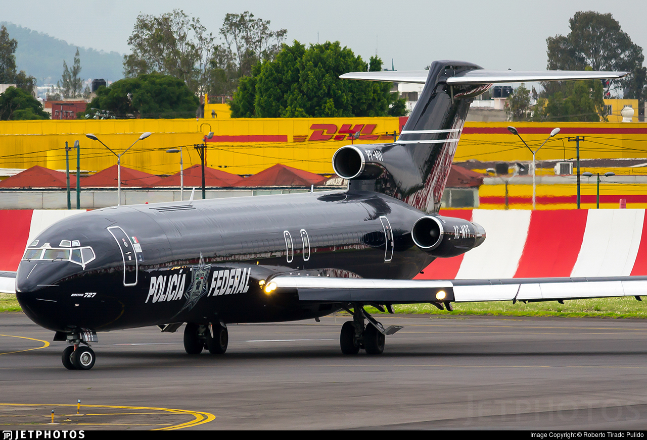 XC-MPF - Boeing 727-264(Adv) - Mexico - Federal Police