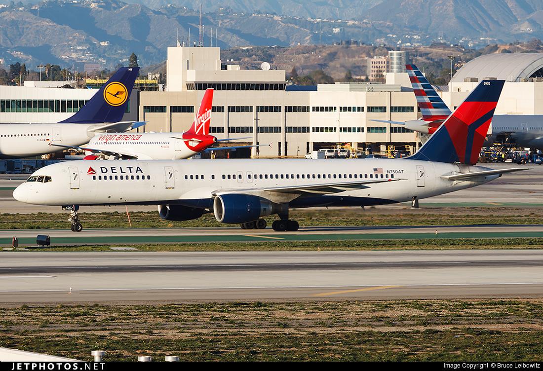 N750AT - Boeing 757-212 - Delta Air Lines
