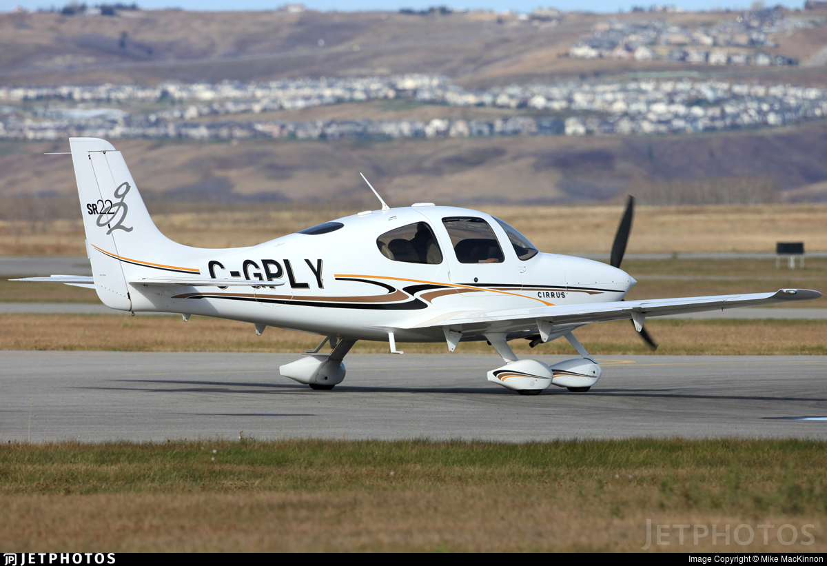 C-GPLY - Cirrus SR22 G2 - Private