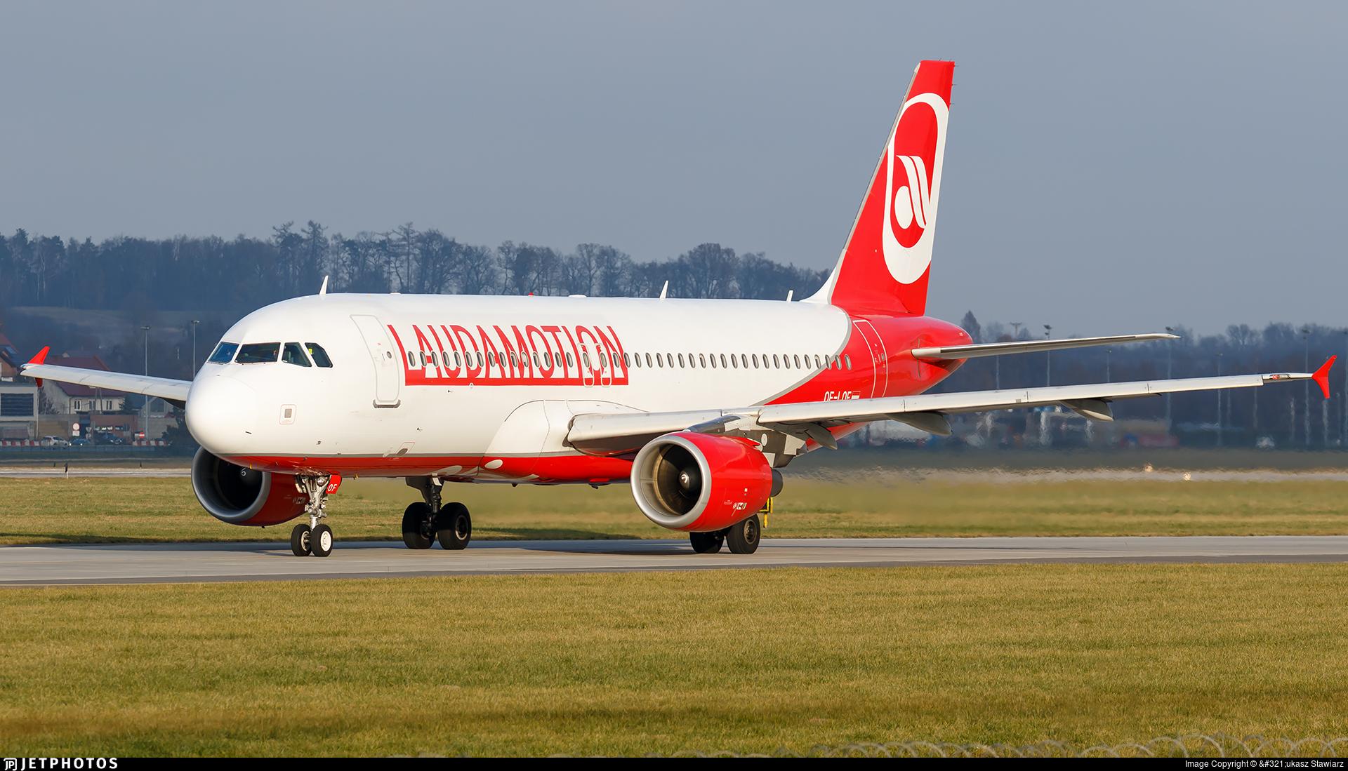 OE-LOF - Airbus A320-214 - LaudaMotion