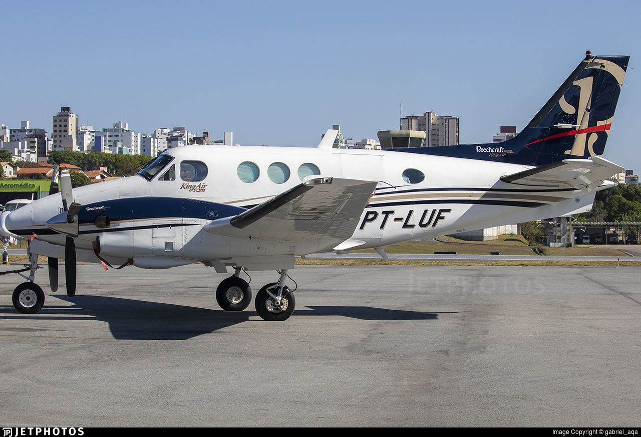 PT-LUF - Beechcraft C90 King Air - Private