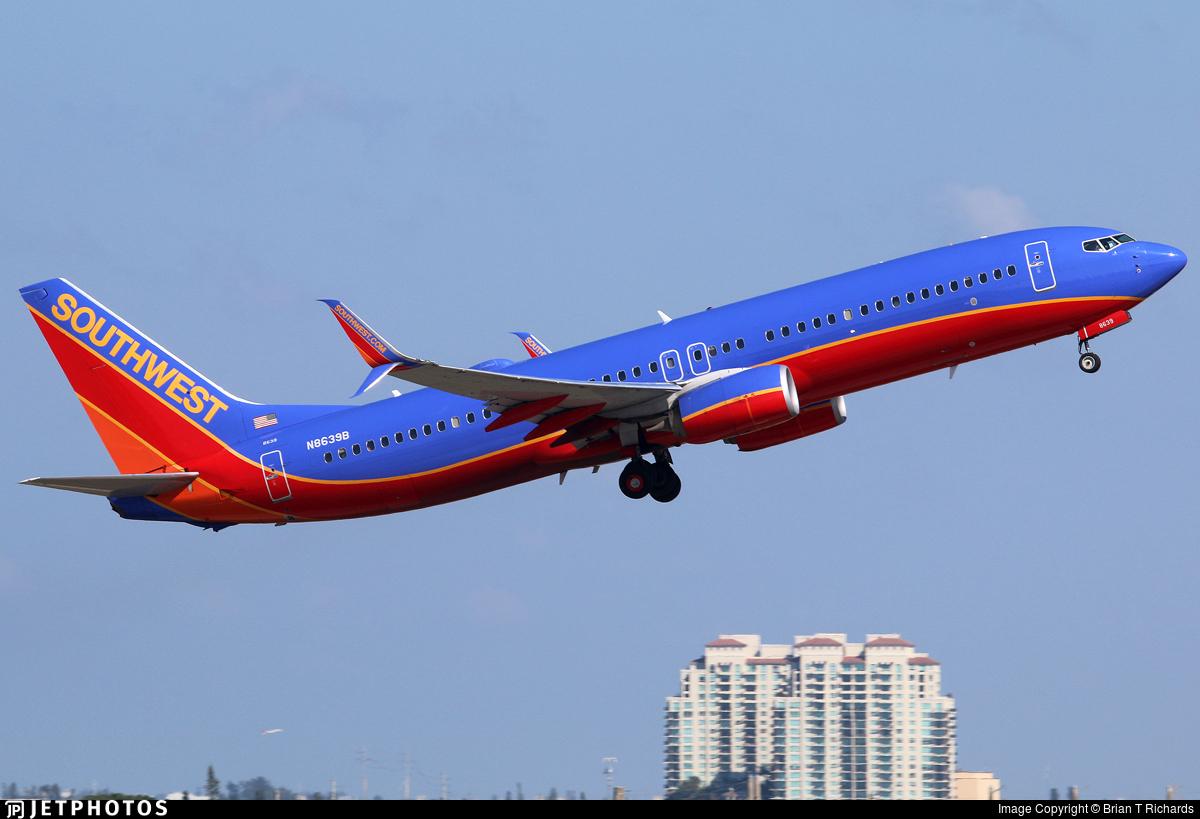 N8639B - Boeing 737-8H4 - Southwest Airlines