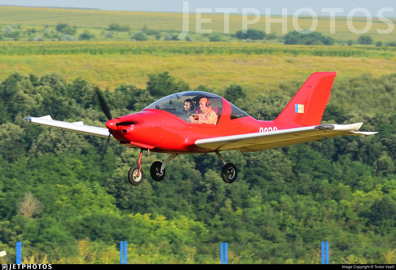0029 - TL Ultralight TL-2000 Sting S3 - Private