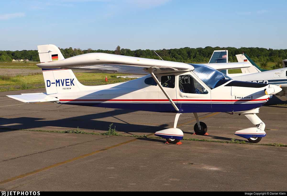 D-MVEK - Tecnam P92 S Echo - Ultraleicht-Flugschule Aschaffenburg