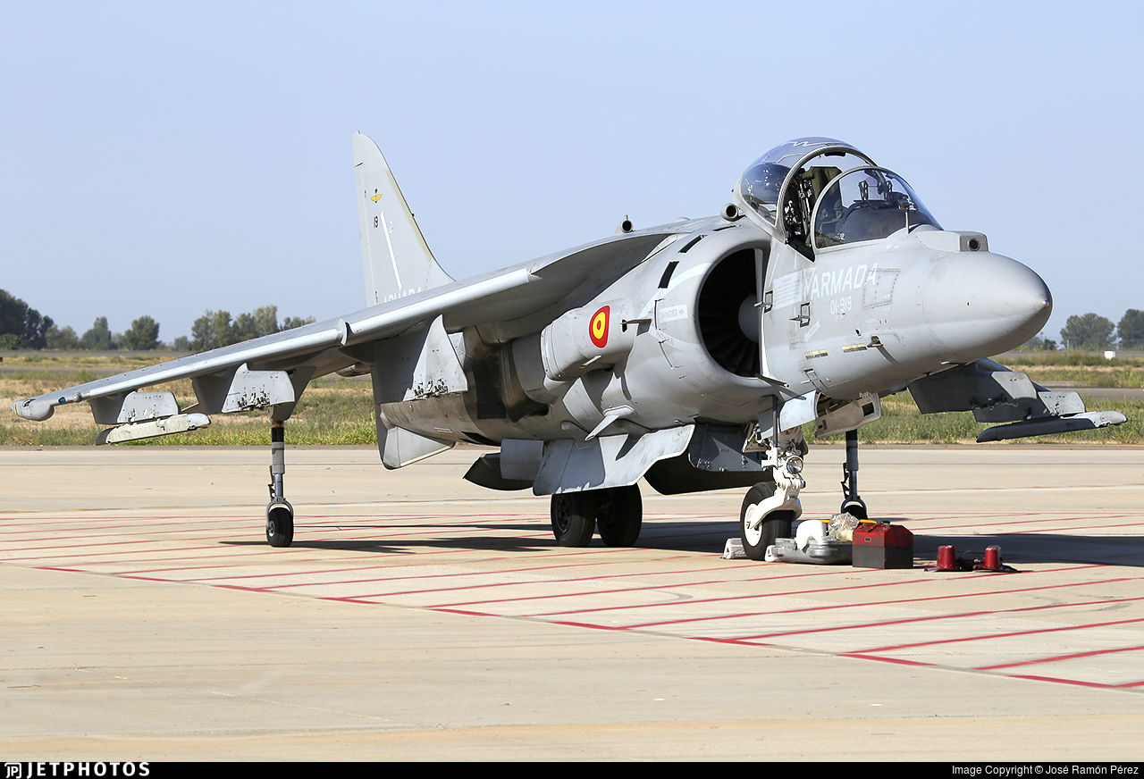 VA.1B-30 - McDonnell Douglas AV-8B+ Harrier II - Spain - Navy