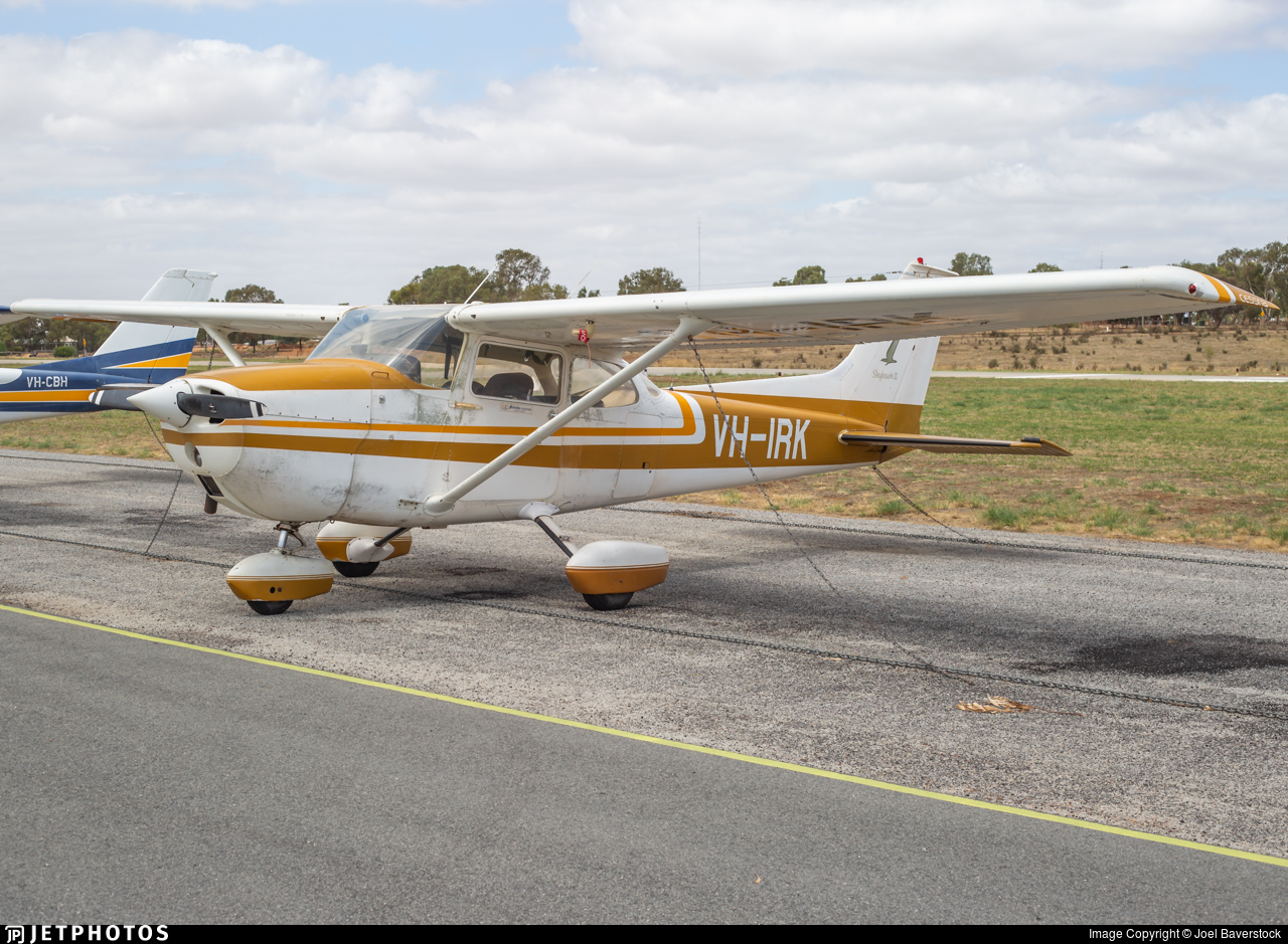 VH-IRK - Cessna 172M Skyhawk - Private