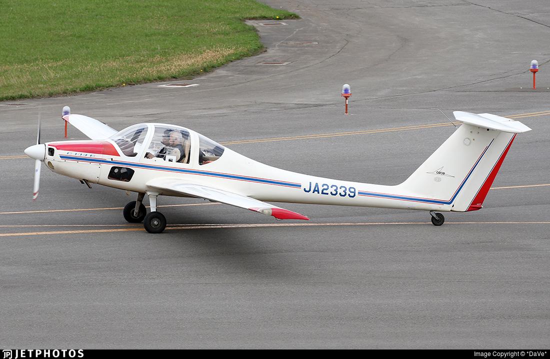 JA2339 - Grob G109B - Private