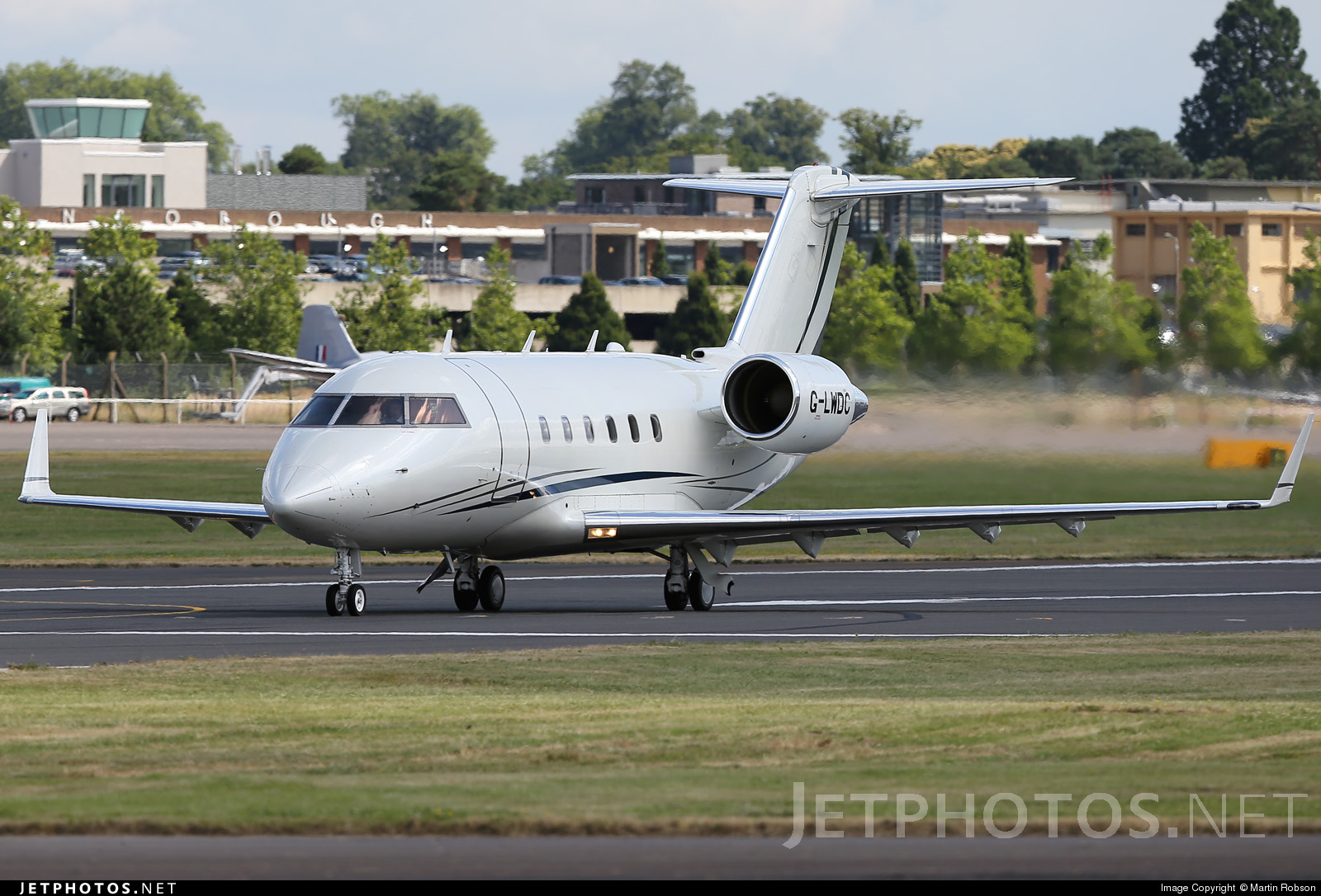 G-LWDC - Bombardier CL-600-2A12 Challenger 601 - ISM Aviation Services
