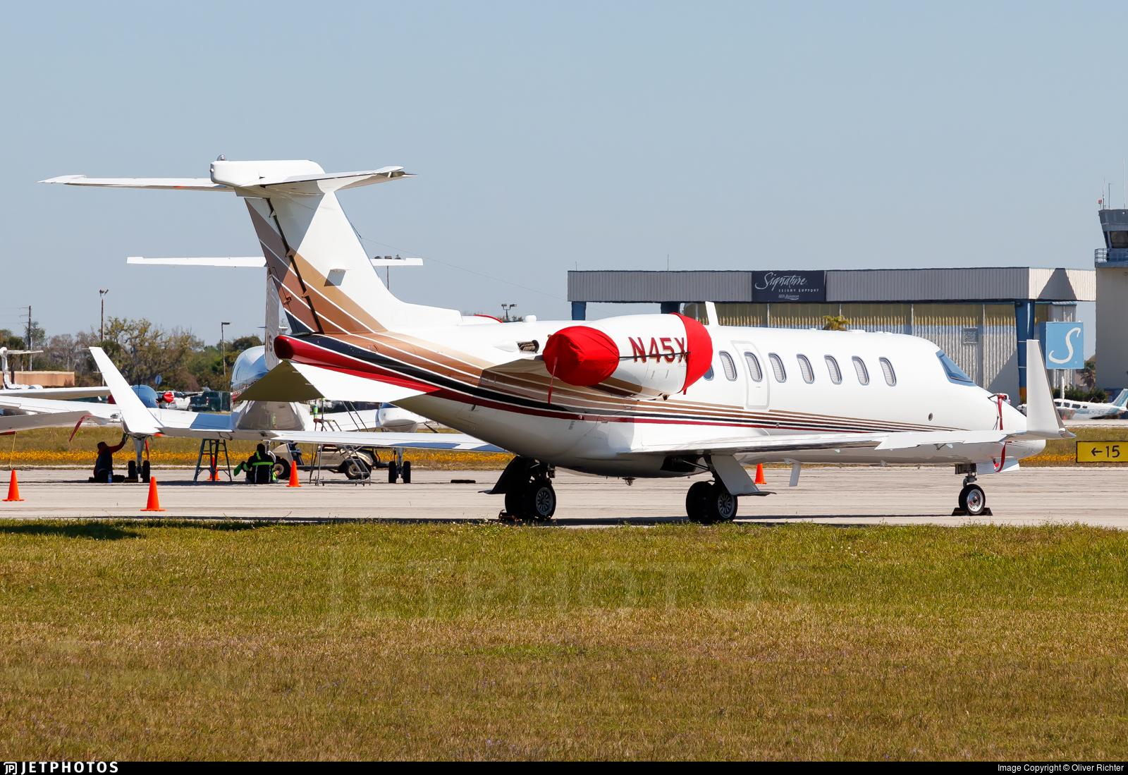 N45XP - Bombardier Learjet 45 - XPress Air