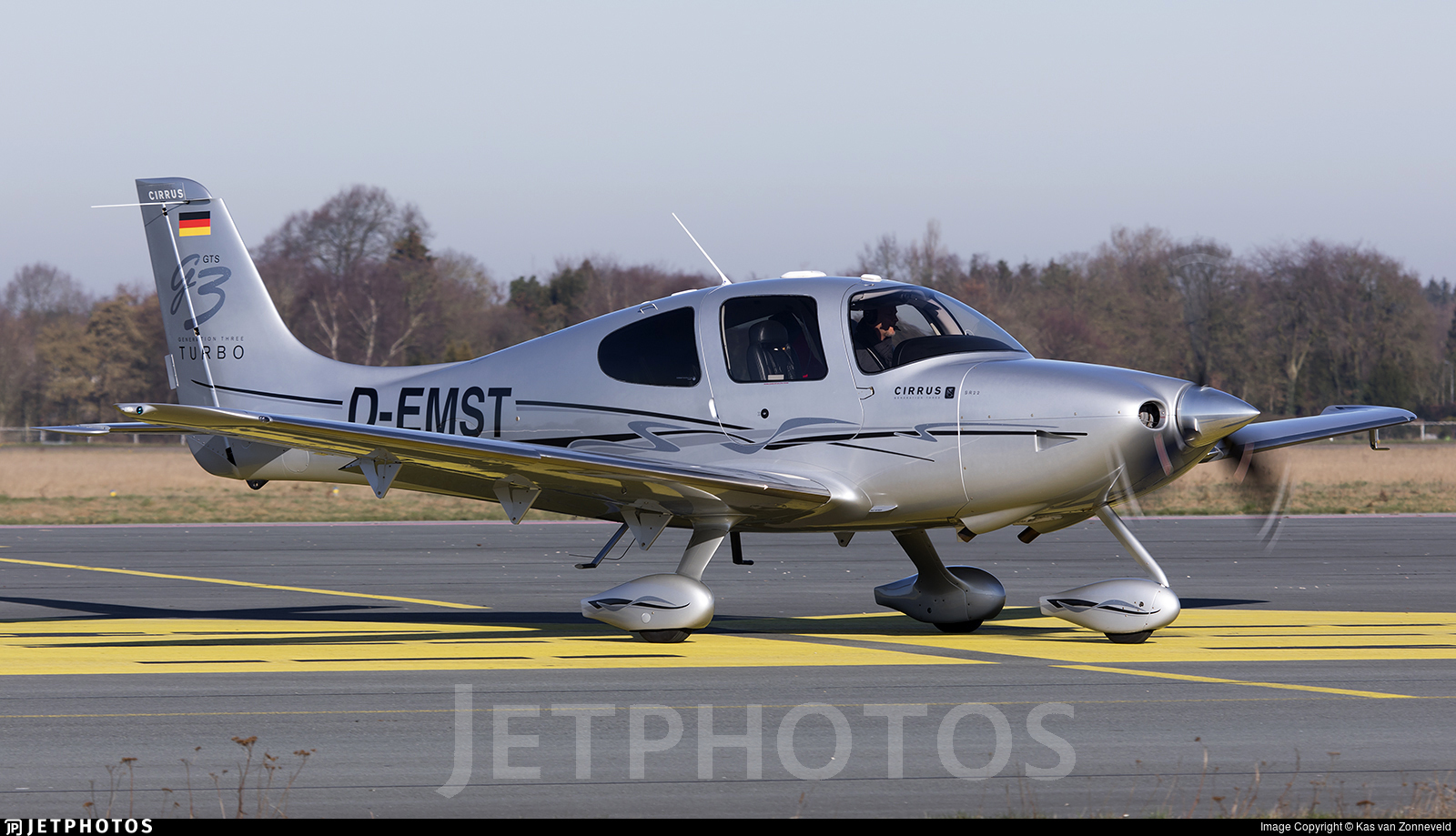 D-EMST - Cirrus SR22-GTS G3 Turbo - Private